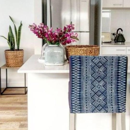 Incorporating Indigo Mudcloth In Living Room Decor