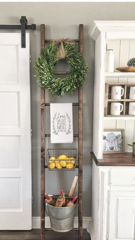 Decorate Vintage Ladder For Kitchen Decor Ideas