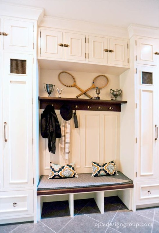 Entryway Or Mud Room Lockers, Bench, Hooks