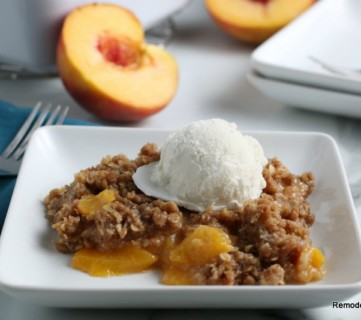 Easy Fresh Peach Crisp Recipe, Remodelaholic