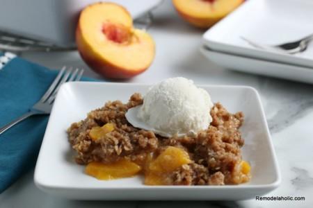 Easy Fresh Peach Crisp Recipe, Remodelaholic