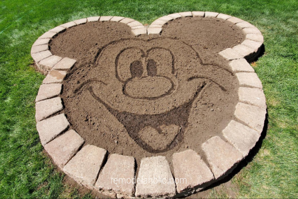 DIY Disney Flower Bed Planter Mickey Head, Remodelaholic