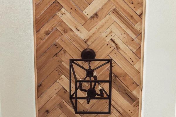 Inexpensive DIY Herringbone Wood Ceiling Using Pallets