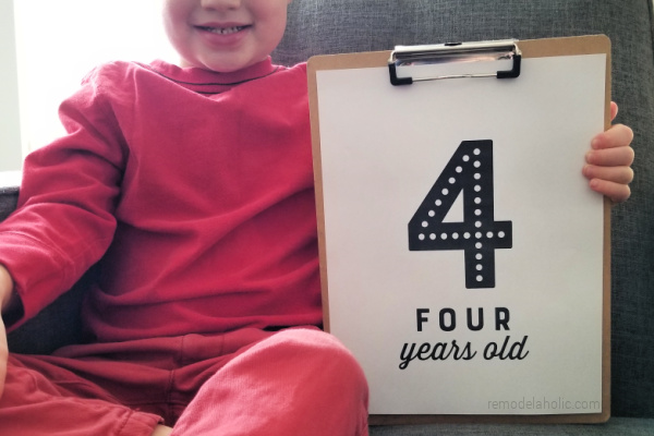 Printable Birthday Photo Signs For Easy Pictures, Remodelaholic
