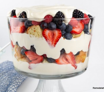 How To Make Berry Trifle From Remodelaholic