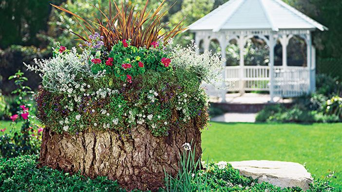 Remodelaholic | Easy Creative Flower Bed and Outdoor ...