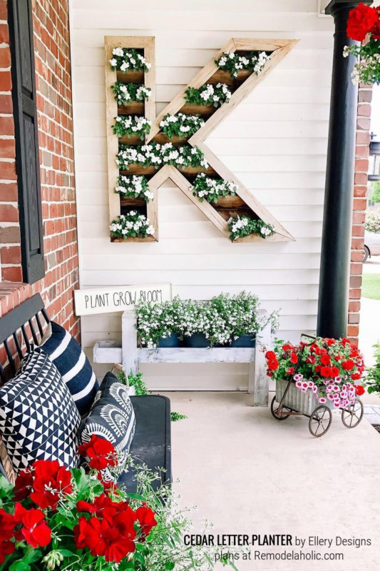 DIY Outdoor Monogram Letter Planter, Design By Ellery Designs Plans Remodelaholic