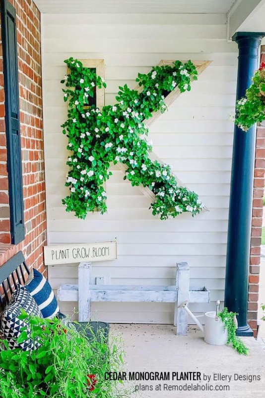 DIY Outdoor Wood Monogram Letter Planter, Ellery Designs And Remodelaholic