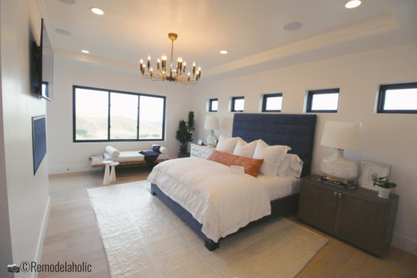 UVPH 2018 Home 26 Murdock Builders Modern Glam Bedroom