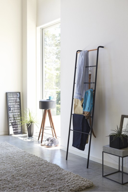 Blanket Ladder Valet Stand For Clothes Belts Accessories