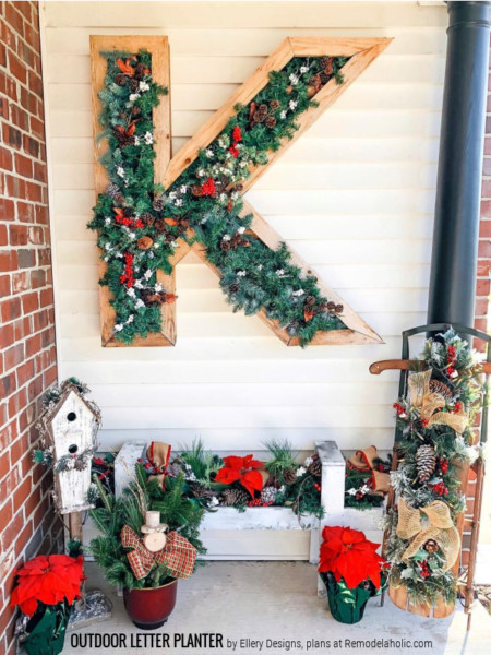 Christmas Porch Decor DIY Wood Letter Planter, Ellery Designs Remodelaholic
