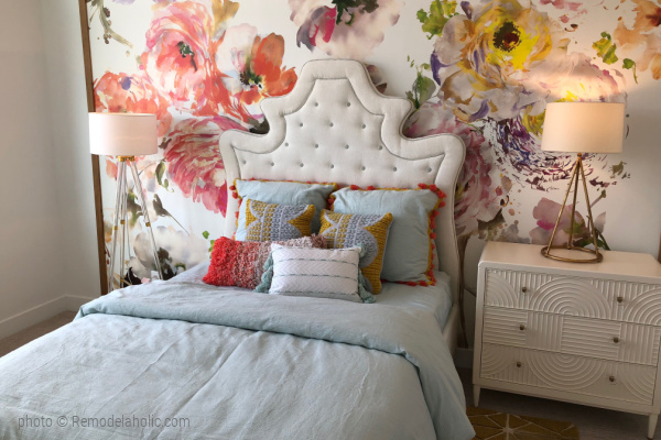 Colorful Floral Wallpaper Home Color Palette, UVPH 2018 Home 27 Foster Custom Homes, Megan Rae Interiors Photo Remodelaholic